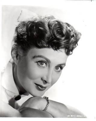 Biography of Betty Garrett