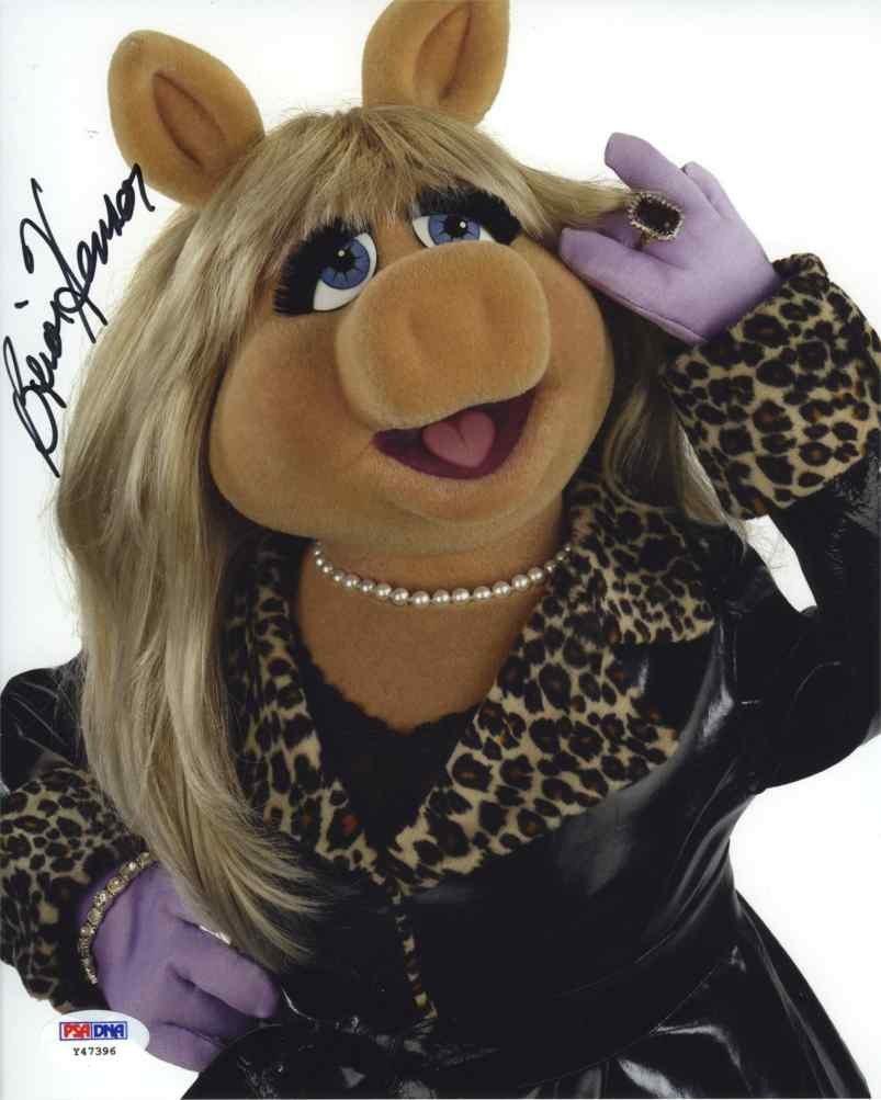 Miss Piggy autographed photo
