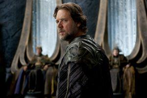 Russell Crowe as Jor-El, appearing before the ruling body of Krypton