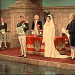 Napoleon publicly divorces Josephine Merle Oberon)
