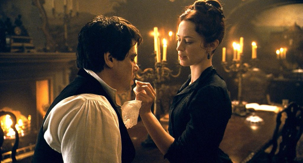 Benicio del Toro and Emily Blunt in The Wolfman 2010