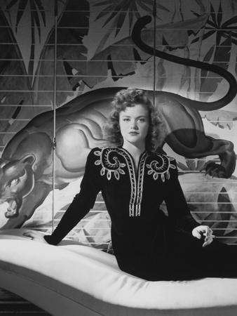 Simone Simon in Cat People (19420