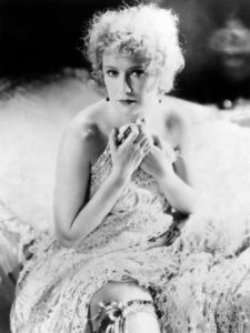 Miriam Hopkins as the songbird Ivy Pearson - she shouldn't have shown her garter to Dr. Jekyll