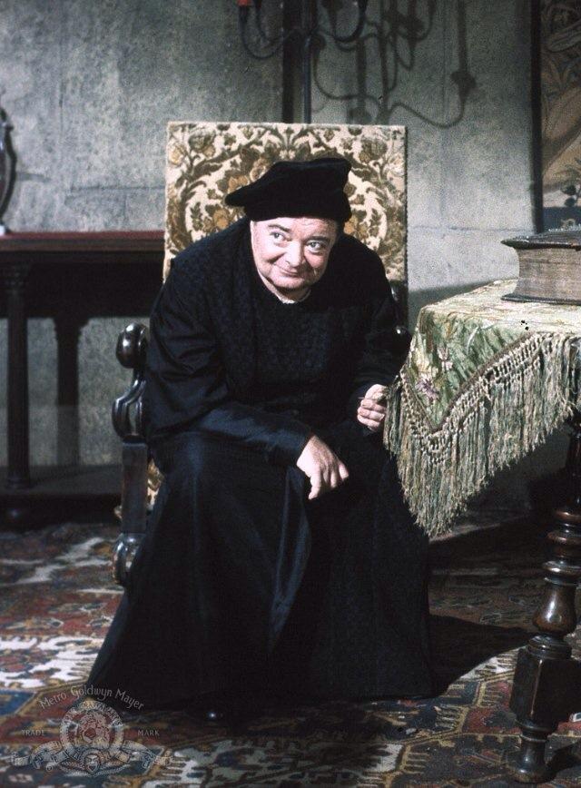Peter Lorre as the untrustworthy wizard Dr. Adolphus Bedlo in The Raven
