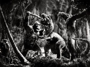 King Kong fights dinosaur