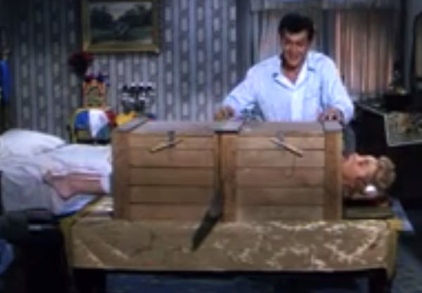 Houdini - Tony Curtis and Janet Leigh - sawing a woman in half