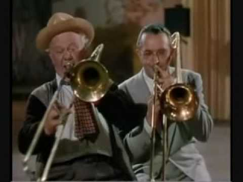 I Love Corny Music song lyrics, written by Don Raye and Gene de Paul, performed by Charles Winninger and Tommy Dorsey in Broadway Rhythm