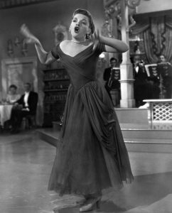 Judy Garland singing in In the Good Old Summertime