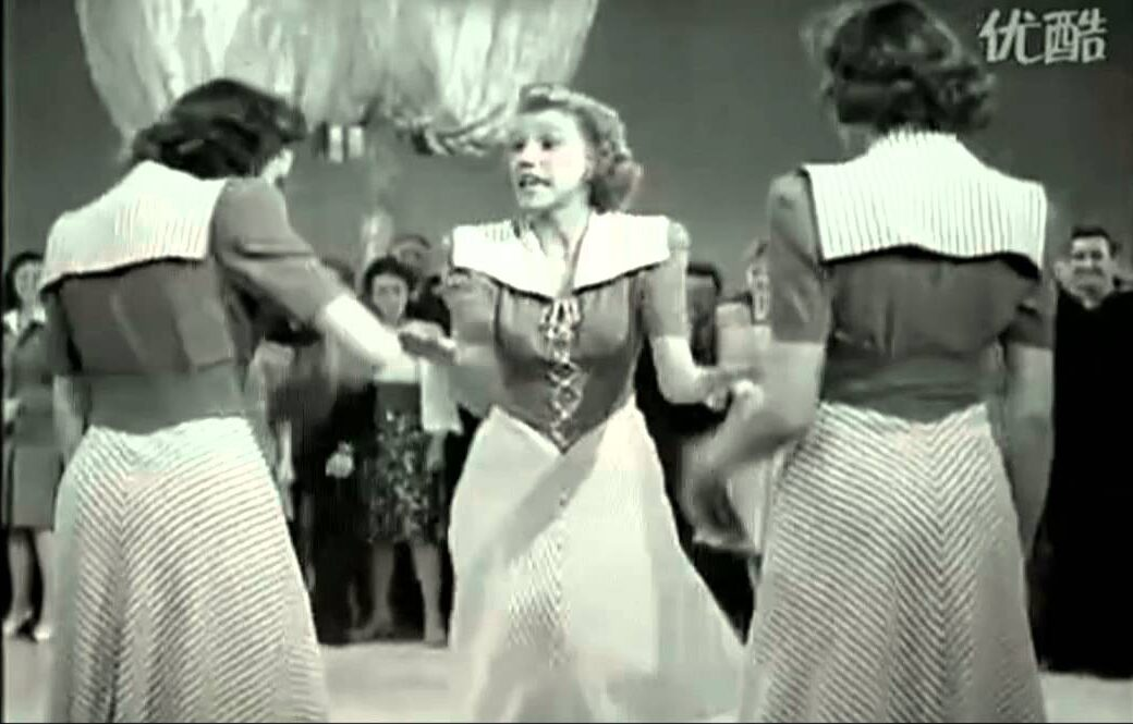 Song lyrics to Gimme Some Skin, My Friend (1941). Lyrics by Don Raye, Music by Gene de Paul. Sung by The Andrews Sisters at the dance hall in In The Navy.