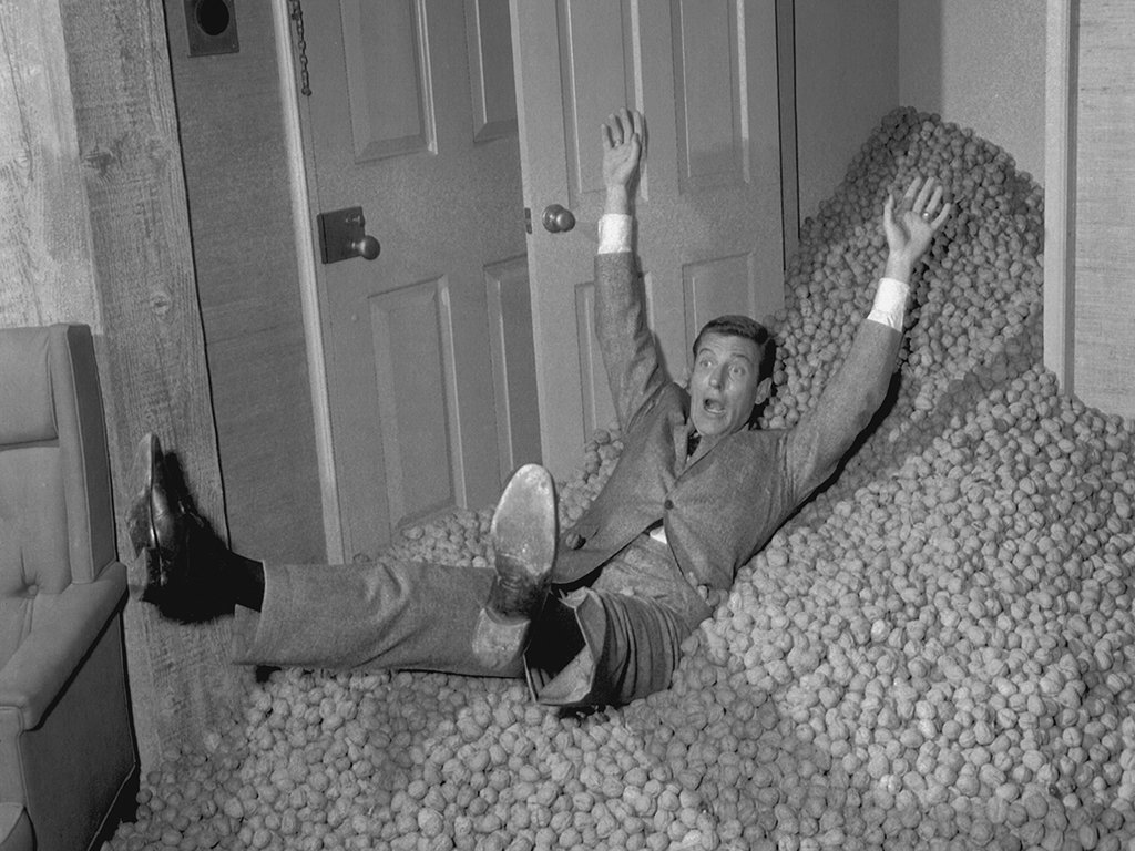 Walnuts~ A dream episode that's one of the most iconic of the Dick van Dyke Show