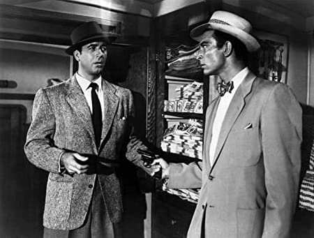 John Payne and Lee Van Cleef in the conclusion to Kansas City Confidential