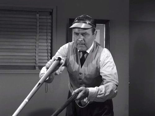 A Game of Pool - Championship pool player Fats Brown (Jonathon Winters) returns from the grave for one last game against Jack Klugman - Twilight Zone season 3