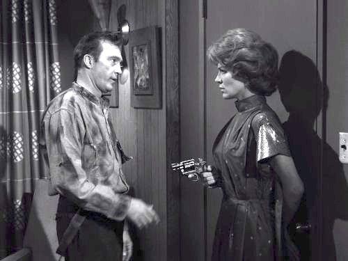 Dead Man's Shoes - The Twilight Zone season 3