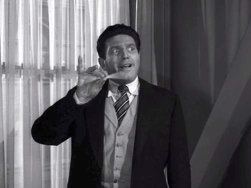 Four O'Clock - The Twilight Zone season 3