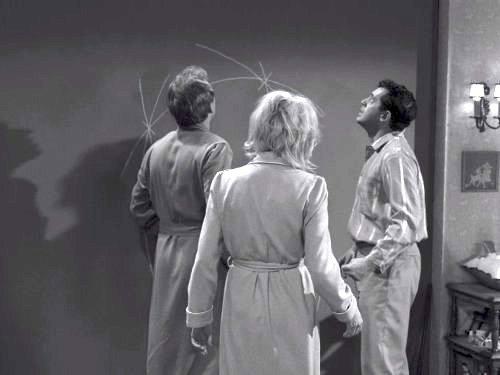 Little Girl Lost - The Twilight Zone season 3