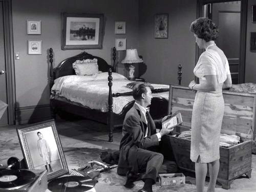 Young Man's Fancy - The Twilight Zone season 3