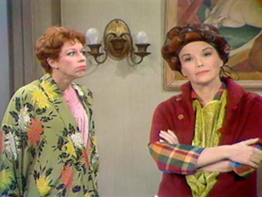 "The Carol Burnett Show, season 1, episode 23 - Carol Burnett and Nanette Fabric in ""Passion on 5th Avenue"""