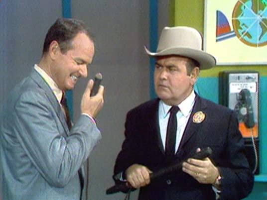 The Carol Burnett Show: Jonathan Winters breaks up Harvey Korman