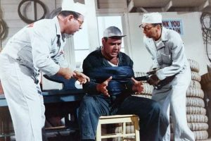 Jonathan Winters Arnold Stang Marvin Kaplan in It's a Mad Mad Mad Mad World